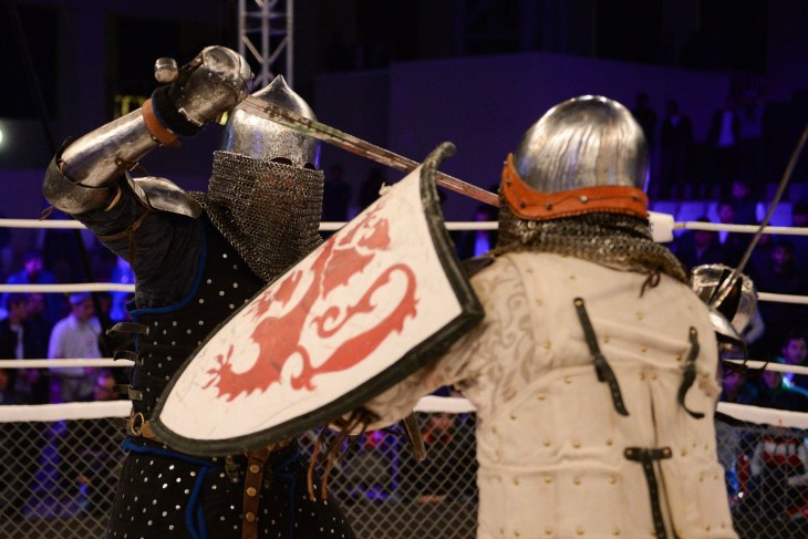 cdn1.vox-cdn.com medieval.0