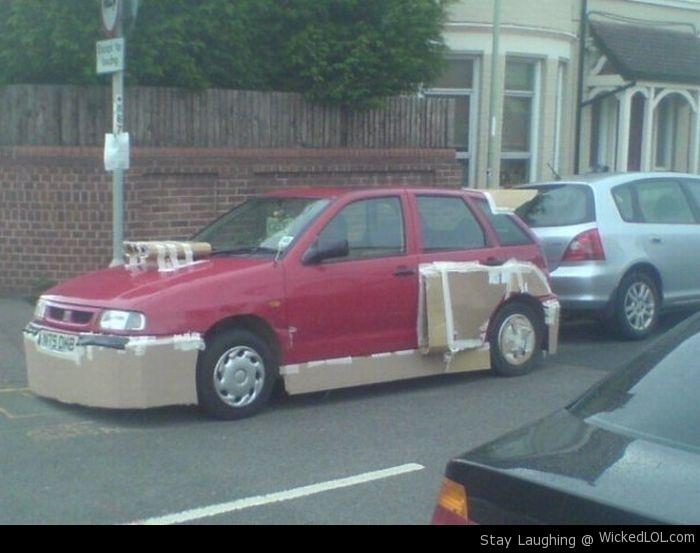 """""""hazlo tú mismo"""" con coches descompuestos"""