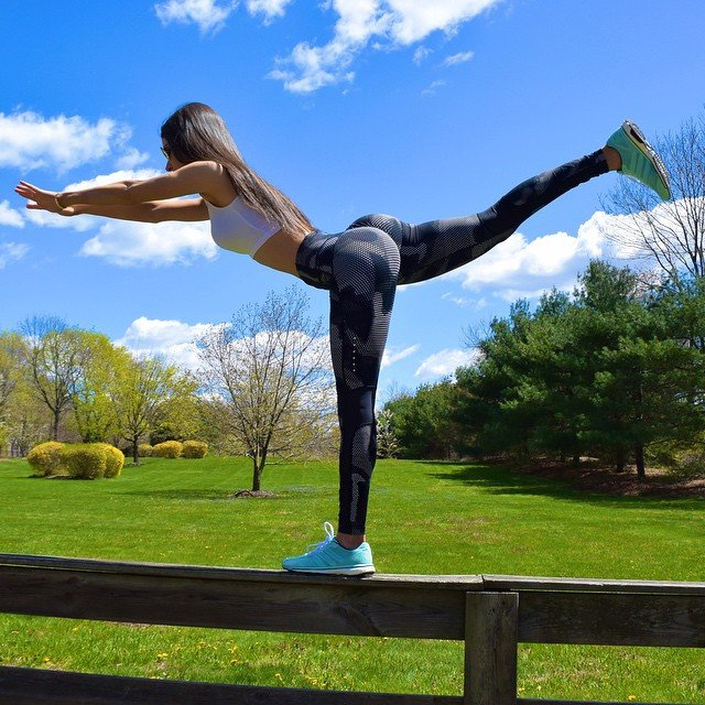 jen selter black leggings outdoors