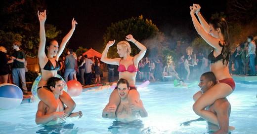 Los 10 tipos de personas que encuentras en todas las fiestas