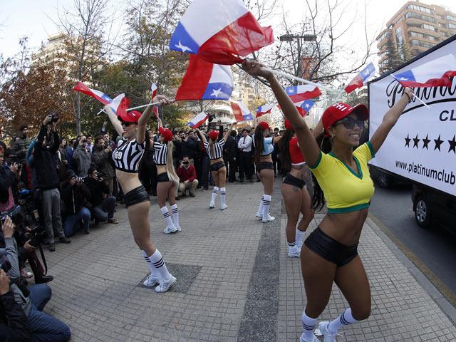 chicas en calles de chile copa america 2015