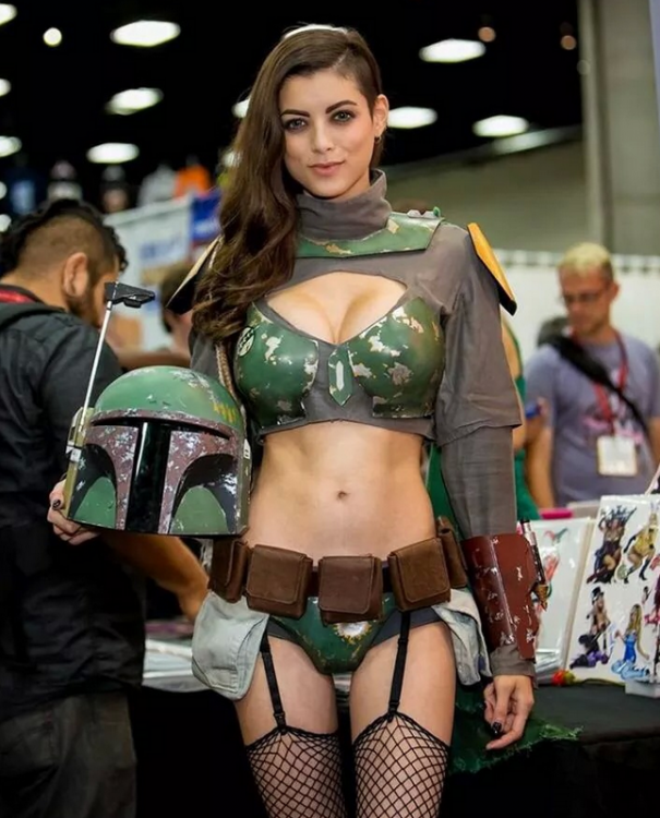 m.cdn.blog.hu boba-fett-cosplay-girl-...-fettish-hot-1406503651c