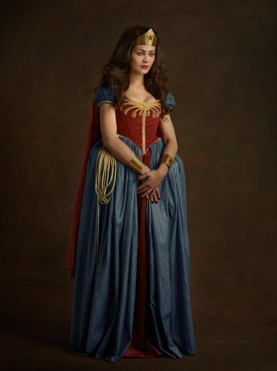 Superheroes y Villanos en el siglo 16 Mujer Maravilla