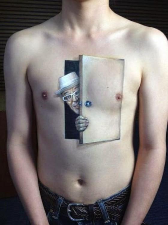 rottenpanda.com 3d-tattoos-that-will-boggle-your-mind 13 9b0901acc1272795ef0cef7765fb2c8c
