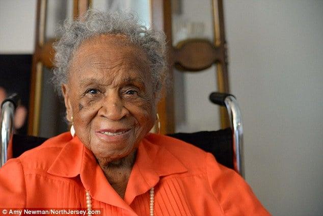 agnes fenton 110 años