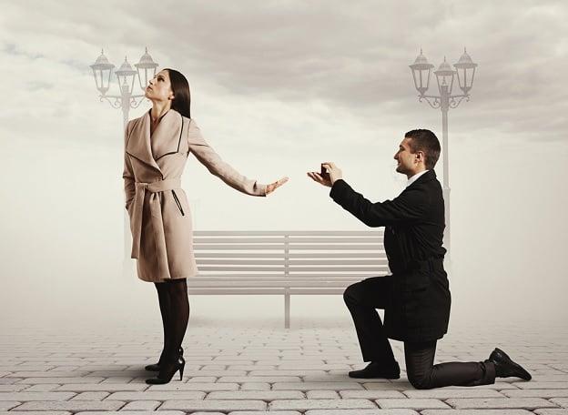 Hombre es rechazado por una chica rica; 10 años después se vuelven a encontrar