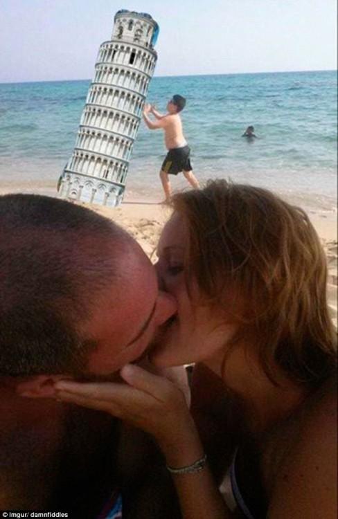 Pide que photoshopeen al niño para sacarlo de la foto torre piza