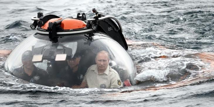 Internet trollea a Putin dentro de su batiscafo con una batalla de Photoshop original