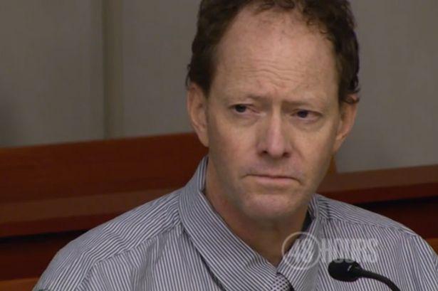 Padre en juicio, Gasta su herencia para demostrar que su padre mató a su mamá