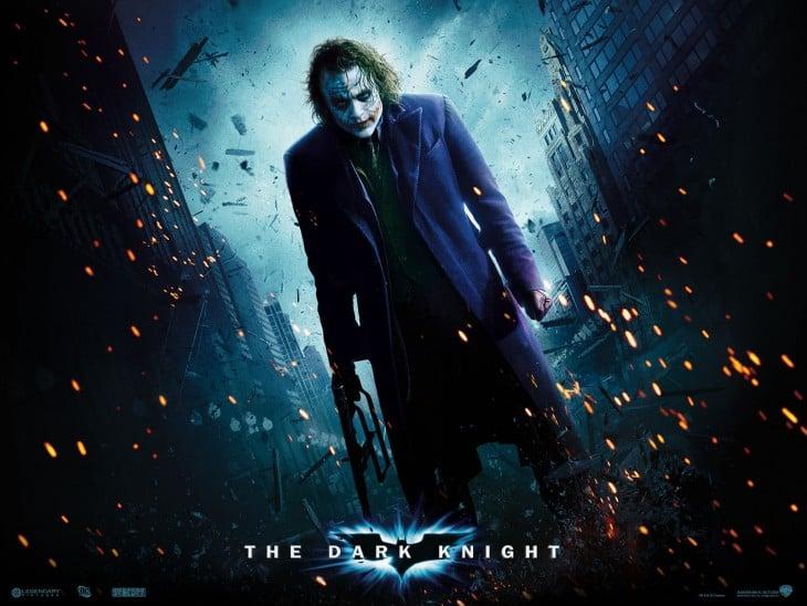 images2.fanpop.com Heath-Ledger-as-The-Jok...m-city-9970933-1600-1200