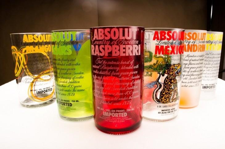 Así conviertes un vaso con la botella de tu marca favorita de cerveza