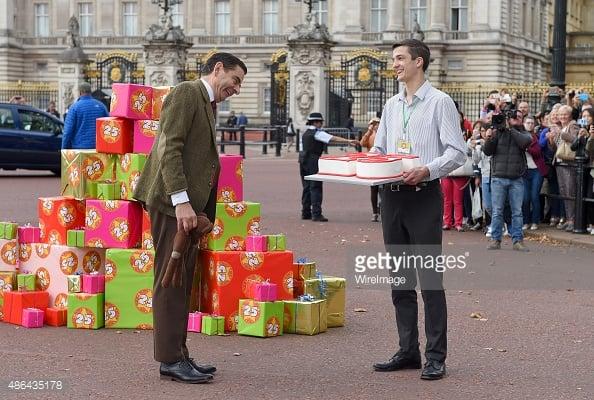 Mr. Bean Celebra 25 años con su pastel