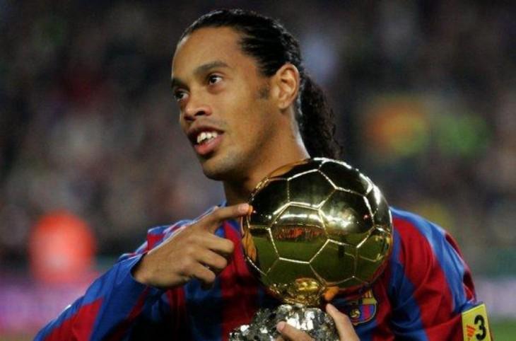 Ronaldinho con balón de oro