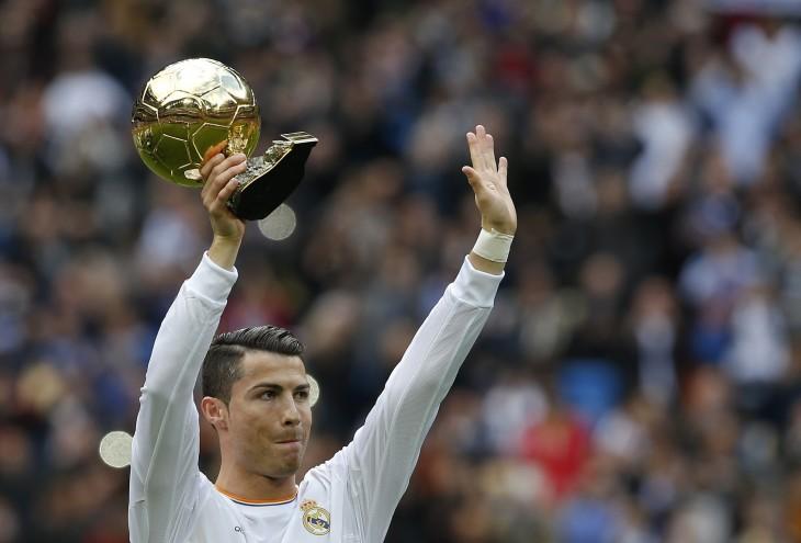 Cristiano Ronaldo con balón de oro