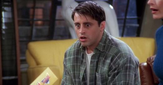 Un fan de Friends calculó cuanto dinero le debe Joey a Chandler