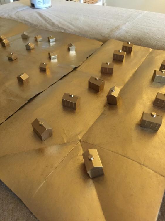Figuritas de madera de monopoly