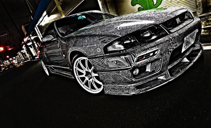 novia pinta Nissan Skyline GTR paso 9