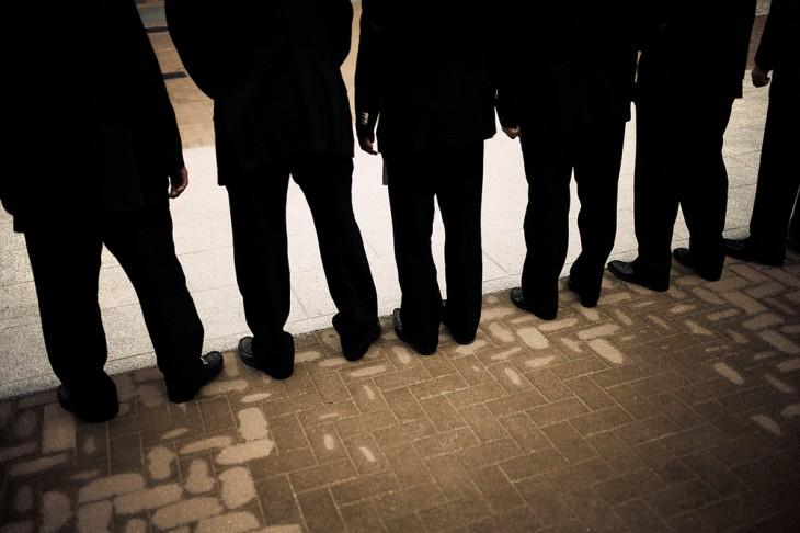 miembros yakuza de espalda