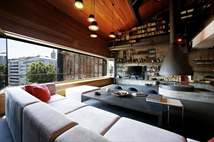 sala con chimenea y librero