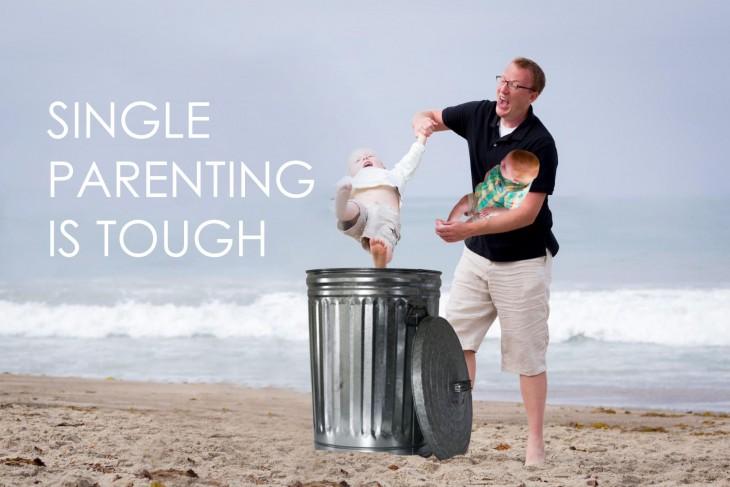 Photoshop niño cae en la playa bote de basura