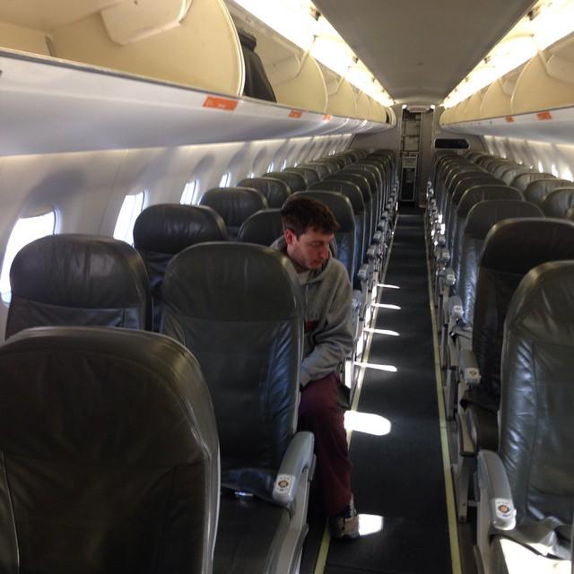 avion robbie chernow solitario