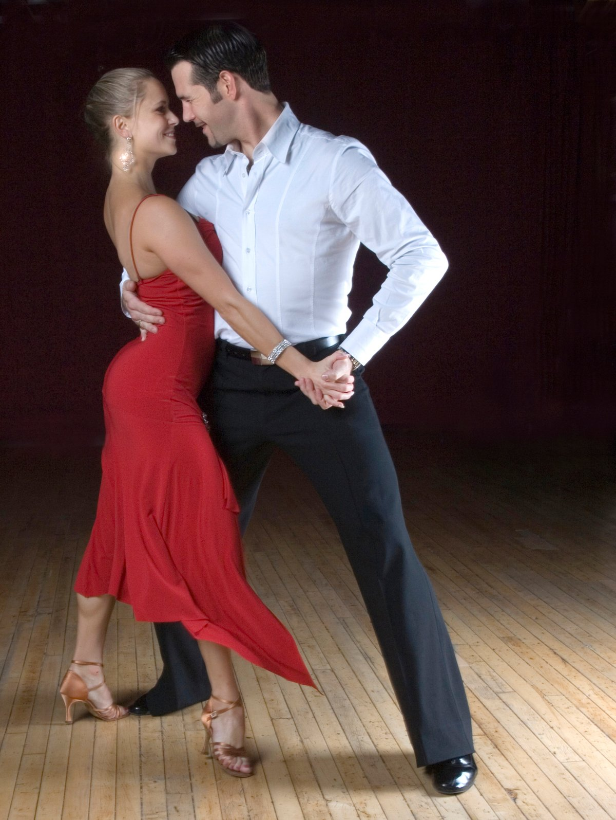 Asi me gusta bailar sobre una pija - 3 part 1