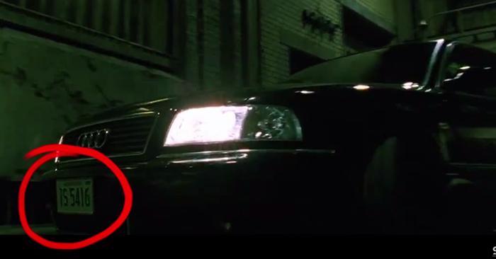 placas del auto del agente smith
