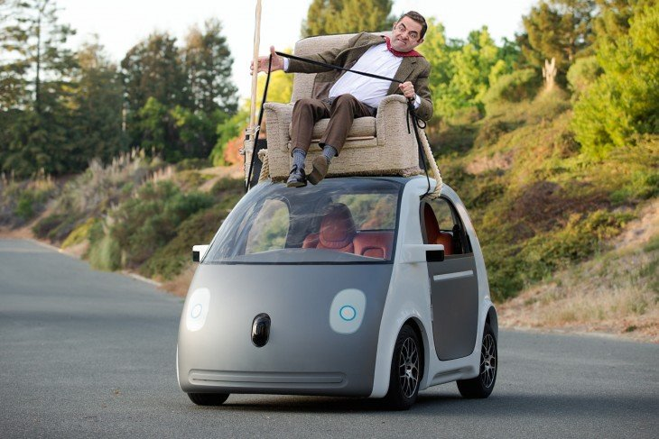 photosopean a mr bean coche futurista