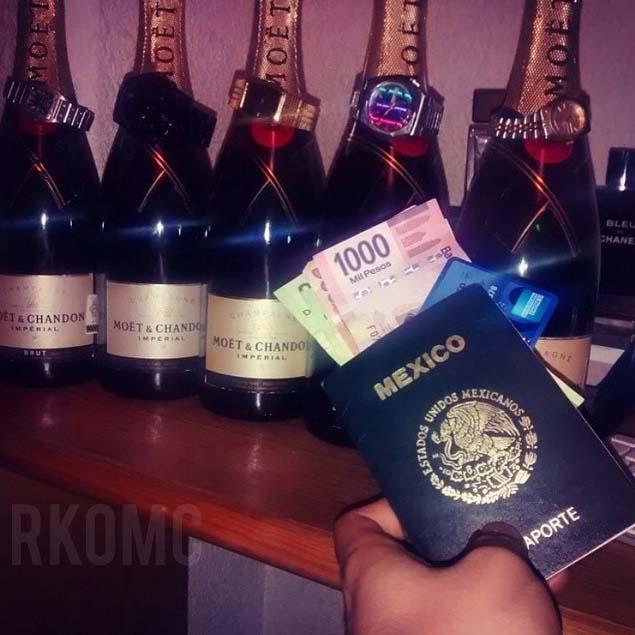 champaña y relojes caros con pasaporte mexicano y dinero de narcojunior