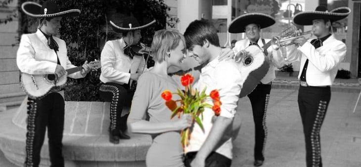 serenata a novia con mariachi
