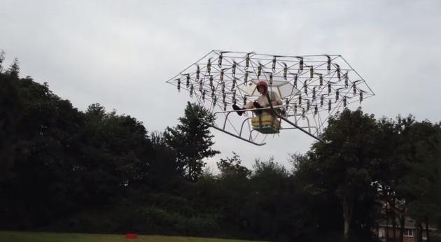 Construye un helicóptero con 54 Drones
