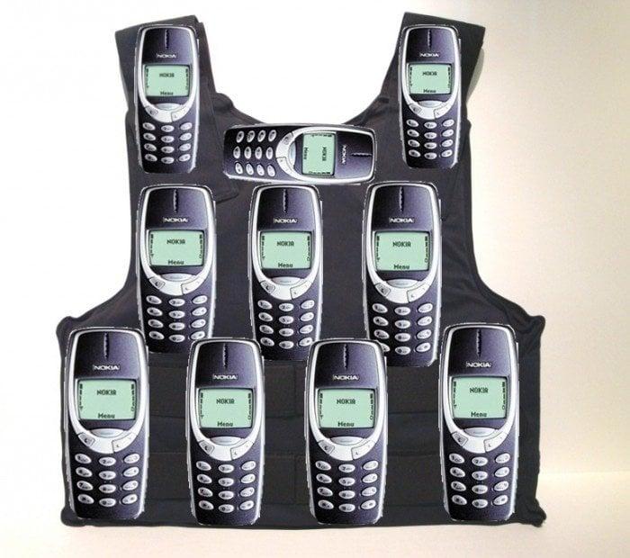 Feliz cumpleaños al Nokia 3310 meme