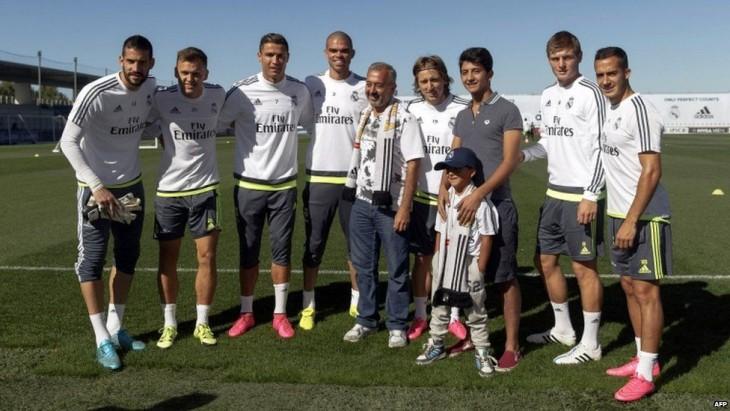 zaid mohsen y jugadores del real madrid