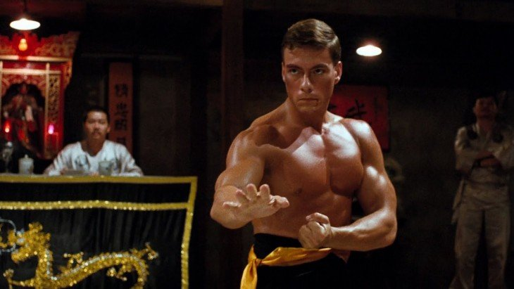 Jean- Claude Van Damme peleando
