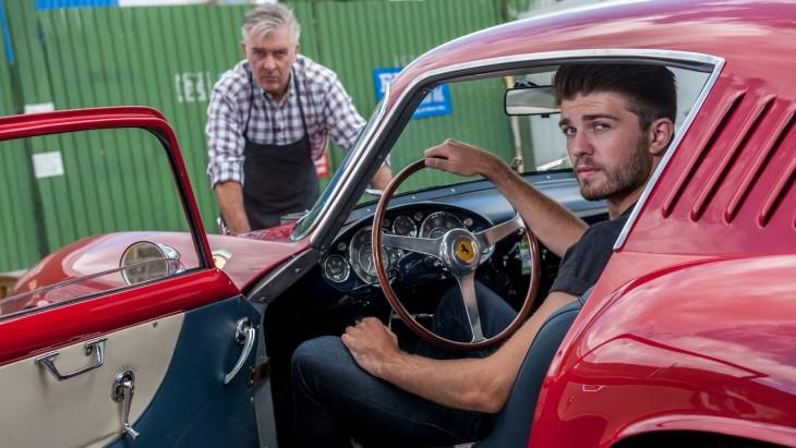reparación de autos clásicos