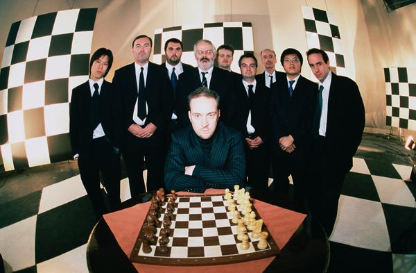 Derren Brown y los maestros del ajedrez