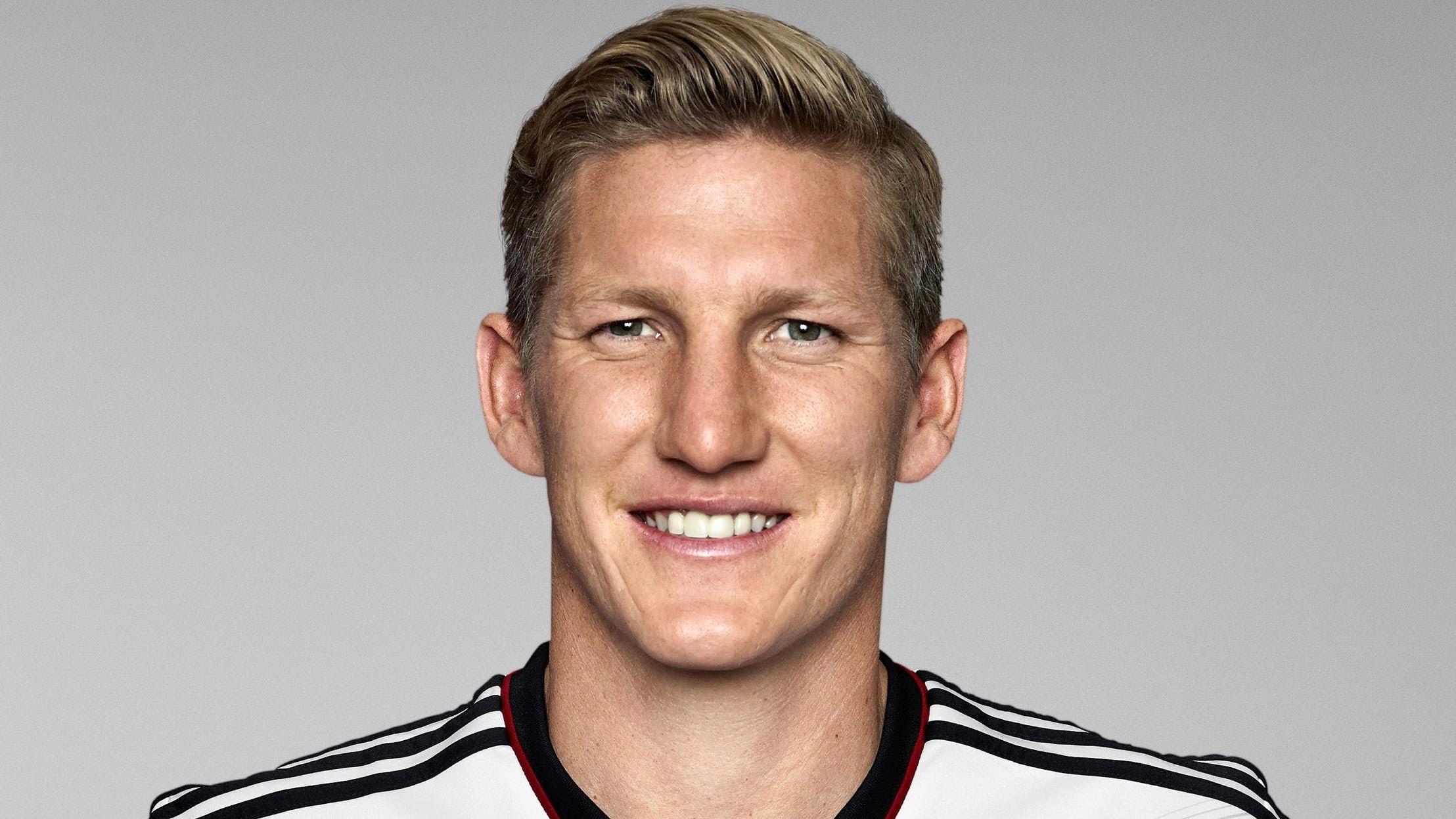 ¿Cuánto mide Bastian Schweinsteiger? - Real height Bastian