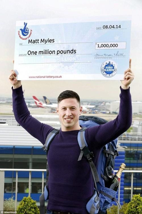 Matt Myles gana la lotería