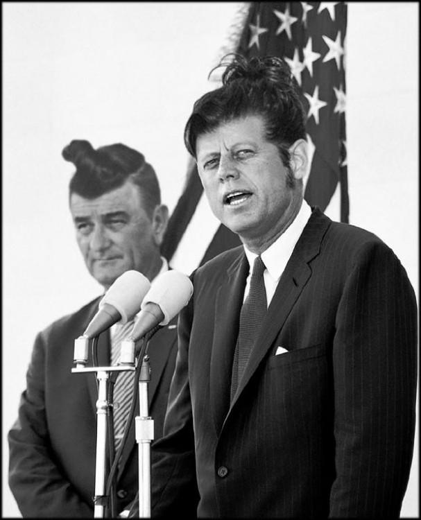 Lyndon Johnson y John F. Kennedy peinado hipster