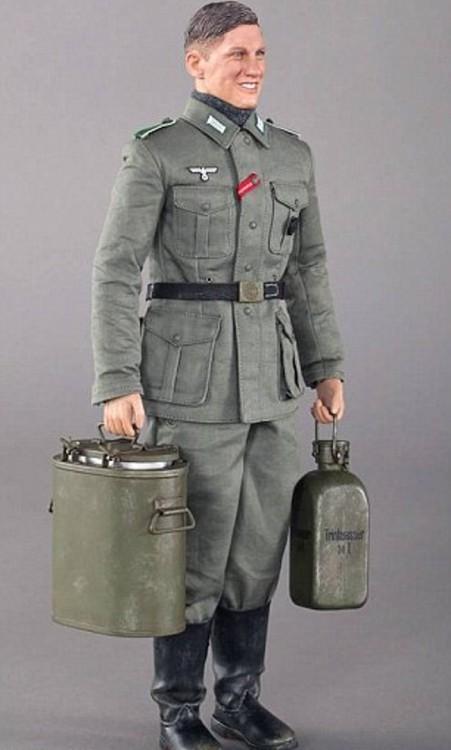 Muñeco de acción nazi