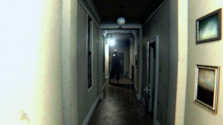 fantasma en casa sola silent hill