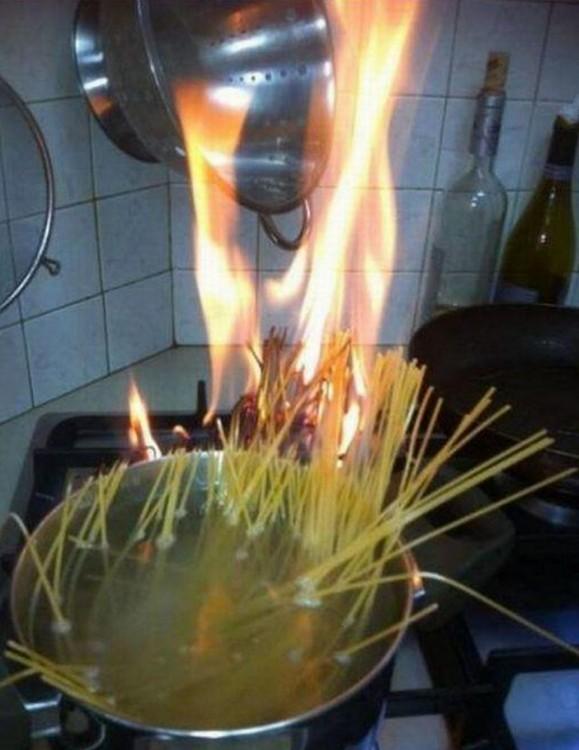Spaghetti encendido