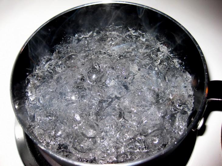 Agua hirviendo