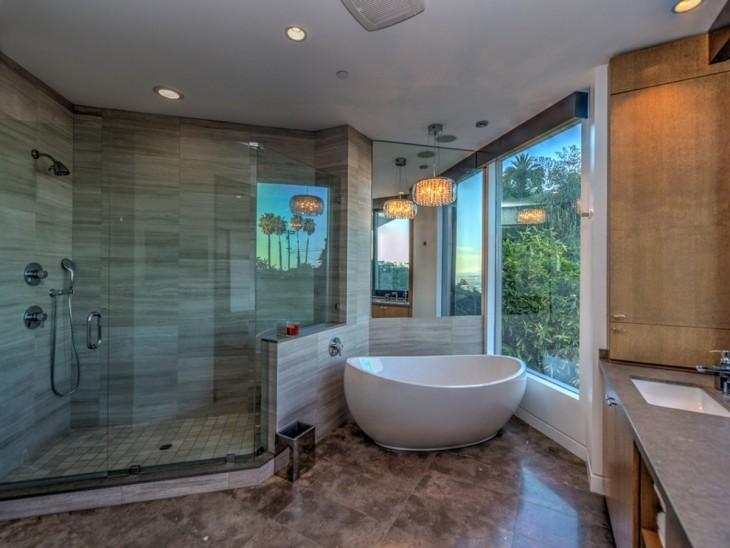 Baño en una mansión
