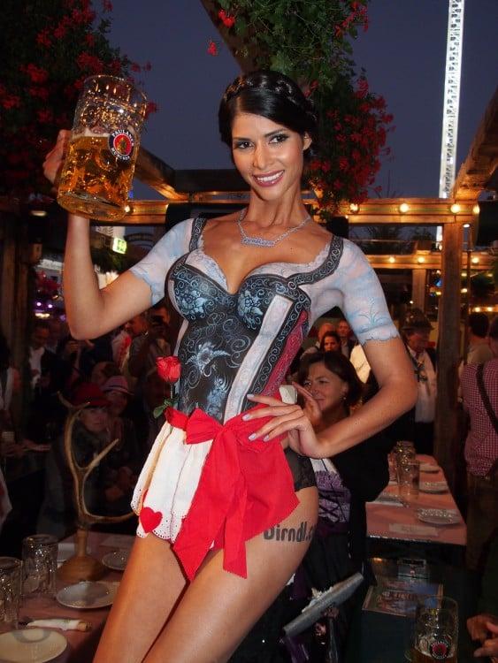 Micaela Schäffer en Oktoberfest