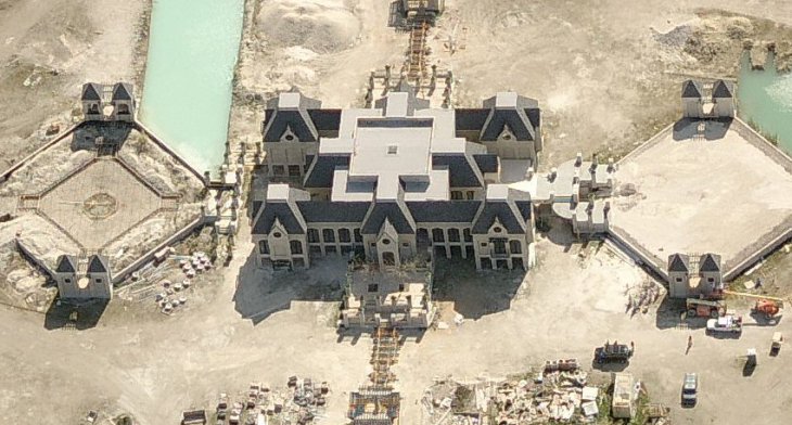 Obra de construcción de una mansión