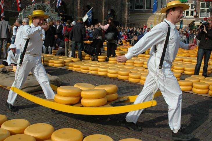 Caminando entre quesos