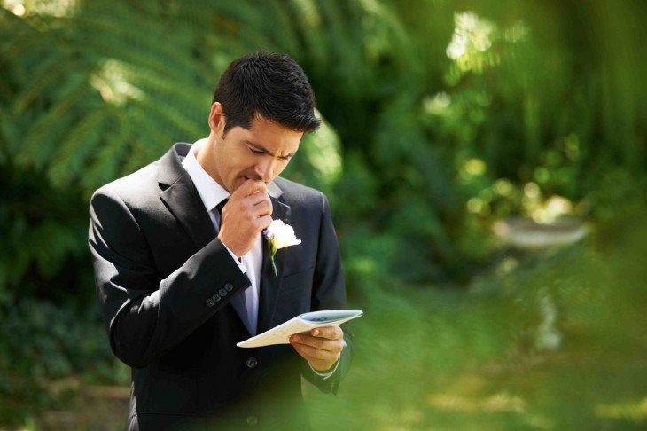 preparando discurso de boda