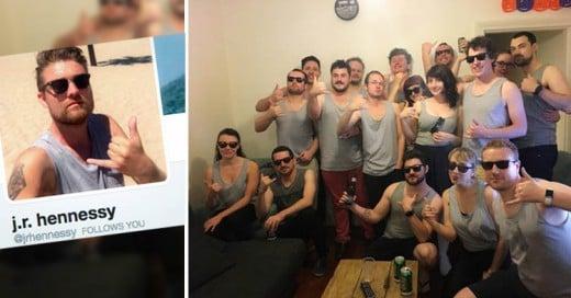 Lo invitan a la fiesta de Halloween y todos llegan disfrazados como su foto de perfil!