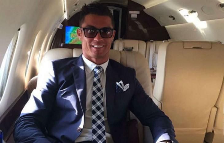 Cristiano Ronaldo en su jet